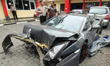 Penabrak Warung di Surabaya Baru Sebulan Punya Lamborghini