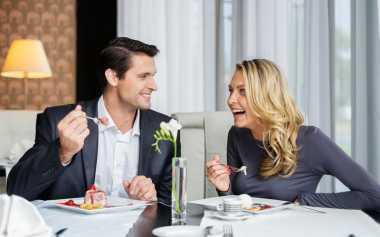 Dating Romantis Suami-Istri Tanpa Gangguan Anak