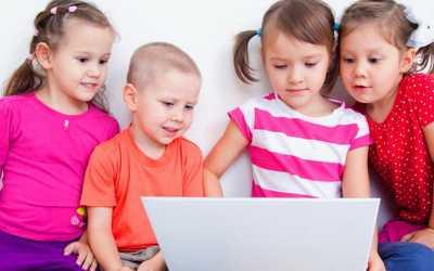 Cara Terbaik Jauhi Anak dari Pemakaian Gadget