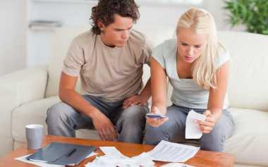 Strategi Atur Keuangan dengan Pasangan
