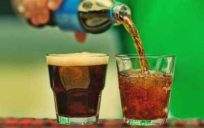 Minuman Ini Bikin Anda Sulit Tahan Pipis