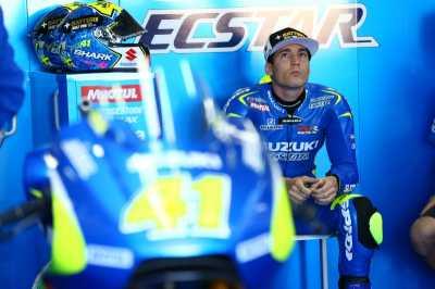 Rossi: Espargaro dan Suzuki akan Jadi Ancaman Musim Depan