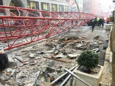 Jatuhnya Crane Raksasa Manhattan Sebabkan Kebocoran Gas