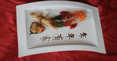 Restoran Suguhkan Menu Imlek Serba Bentuk Ikan Koi