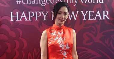 Tampil Modern Elegan dengan Cheong Sam ala Susan Bachtiar