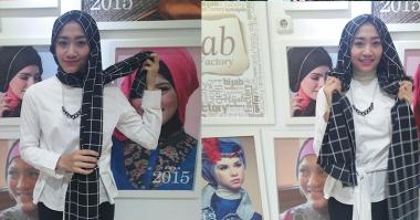 Tutorial Hijab Simpel ala Fashion Bloggers