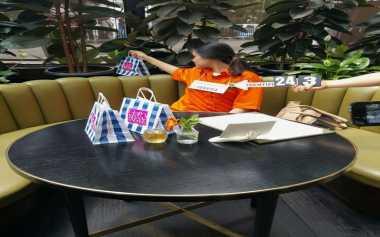 Foto-Foto Jessica Jalani Rekonstruksi di Kafe Olivier