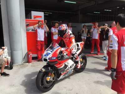 Ducati Harus Ikuti Seluruh Keinginan Stoner!