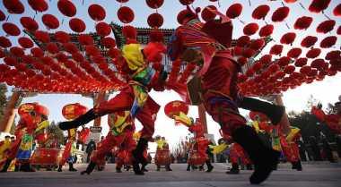 Rayakan Imlek, Ribuan Turis Tiongkok 'Serbu' Indonesia