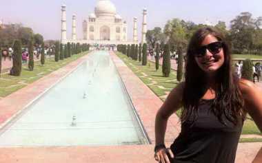 Patah Hati Jadi Alasan Wanita Ini Keliling Dunia