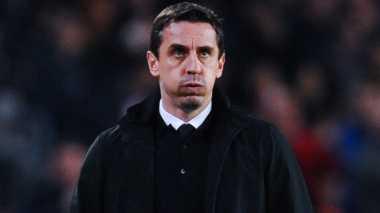 Cibiran Kembali Menghampiri Neville