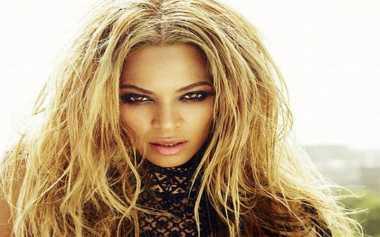 Beyonce Keluarkan Koleksi Fesyen