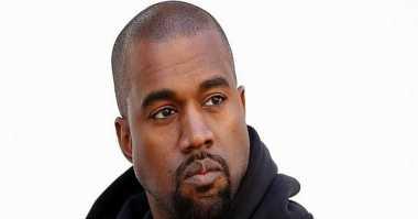 Kanye West Membawa 1200 Orang untuk Yeezy