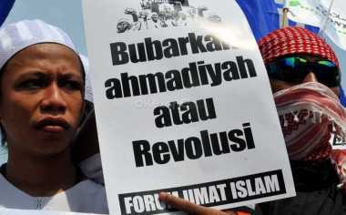 Belasan Jemaah Ahmadiyah Masih Bertahan di Pengungsian