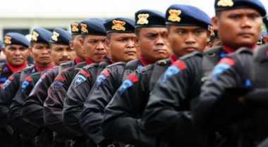 Polisi Bersenjata Lengkap Kawal Perayaan Imlek di Bali