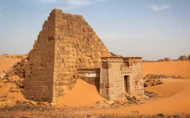 Piramida di Sudan Sepi Pengunjung