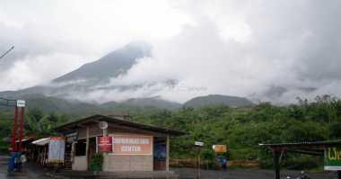 Puluhan Seniman Peringati Fase Letusan Gunung Merapi