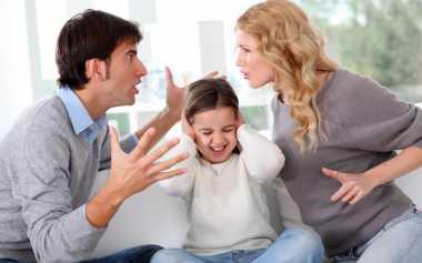 Bijak Memberi Tahu Perceraian pada Anak