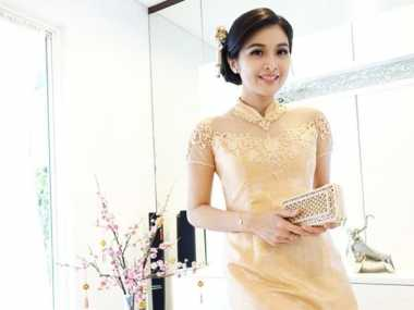 Cantiknya Sandra Dewi dalam Perayaan Imlek