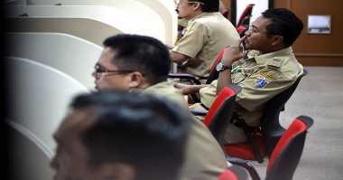 DPR: Pemerintah Wajib Angkat Honorer K2 Jadi CPNS