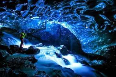 Intip Yuk Keindahan Goa Es di Iceland
