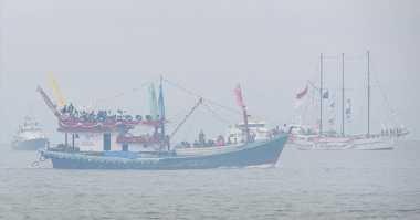 BMKG: Waspadai Gelombang Laut Jawa dan Samudera Hindia