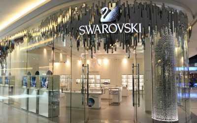 Swarovski Dukung Fesyen Muslim Indonesia