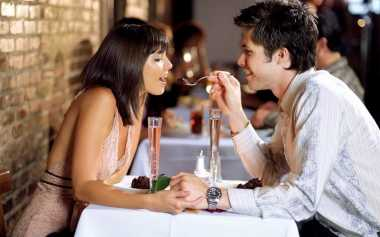 Kejutan Romantis Disukai Wanita