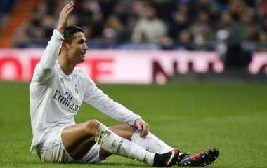 Kontra Roma, Madrid Dipusingkan Cedera Pemain
