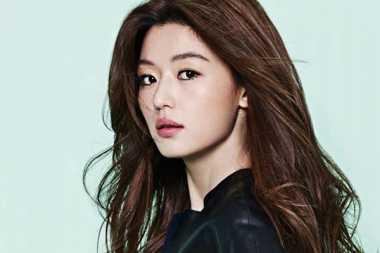 Jun Ji Hyun Lahirkan Anak Pertama