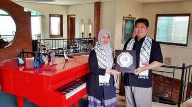 Bangun RS di Gaza, Ayah Vidi Aldiano Raih Penghargaan MER-C