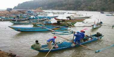 Cuaca Buruk, Nelayan di Pariaman Tak Melaut