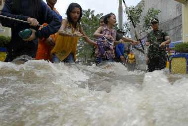 Empat Kabupaten di Sumatera Barat Tanggap Darurat
