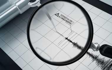 Menjelang Malam, Gempa Goyang NTT
