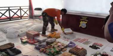 Polisi Beberkan Barang Sitaan dari Teroris Jaringan Santoso