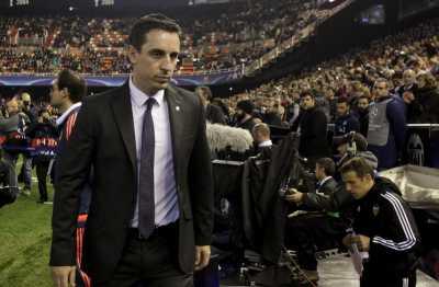 Neville Yakin Bisa Perbaiki Keadaan
