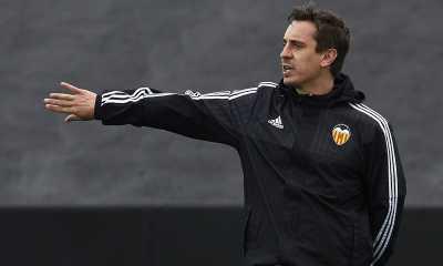 Dukungan untuk Neville dari Eks Presiden Valencia