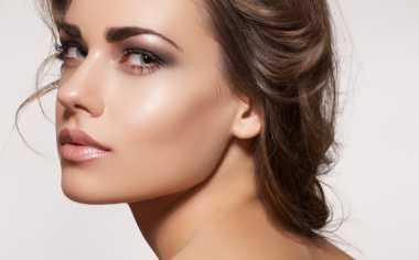 Cara Mudah Cegah Penuaan Bibir