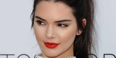 Ternyata, Ini Kebiasaan Buruk Kendall Jenner