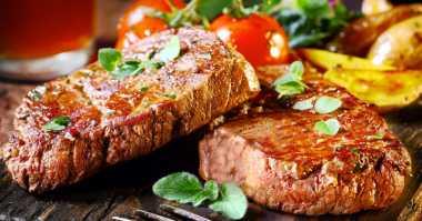 5 Tips Masak Steak Selezat di Restoran Mewah