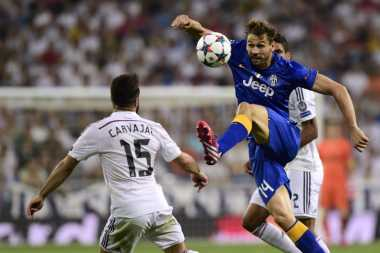 Soccerpedia: Mengapa Bermain Sepakbola Selama 90 Menit?
