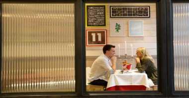 Gerai Fast Food Sediakan Dinner Romantis Valentine