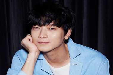 Kang Dong Won Ciuman Mendadak dengan Shin Hye Sun