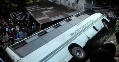 Dua Korban Kecelakaan Bus Universitas Andalas Meninggal