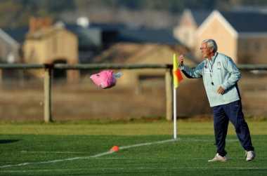Juve vs Napoli Tak Tentukan Scudetto