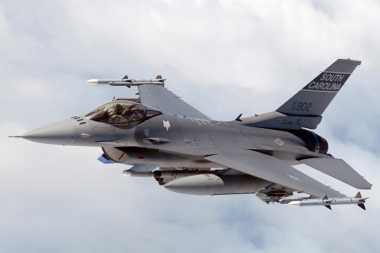 AS Setuju Jual F-16 ke Pakistan, India Ngamuk