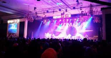 Fans Siap Galau di Konser 3 Dekade Kahitna