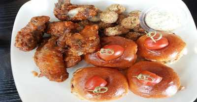 Rekomendasi Makan Enak Seafood & Ayam di PIK