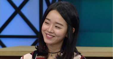 Shin Hye Sun Senang Bisa Ciuman dengan Kang Dong Won
