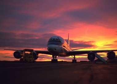 Telanjang Dada di Pesawat, Penumpang Ini Ditangkap